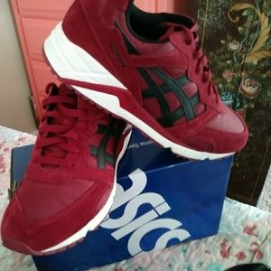 Men's Asics shoes Size 10